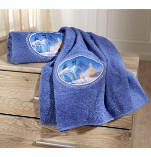 Handtuch mit Wintermotiv bestickt blau