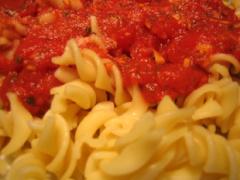 Tomatensoße mit Ingwer